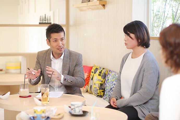 近隣家族と連携していた山崎さんの体験談も