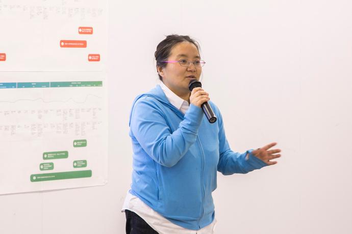 自分を追い込んでしまうお母さんの話など、育児の現状を訴える田中さん