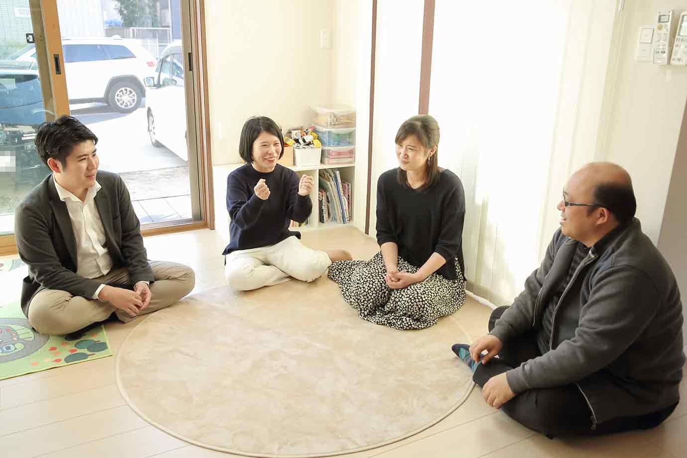 左からAzitの堤さん、長久手市民の春山さん、渡辺さん、COE LOG編集部の荒木