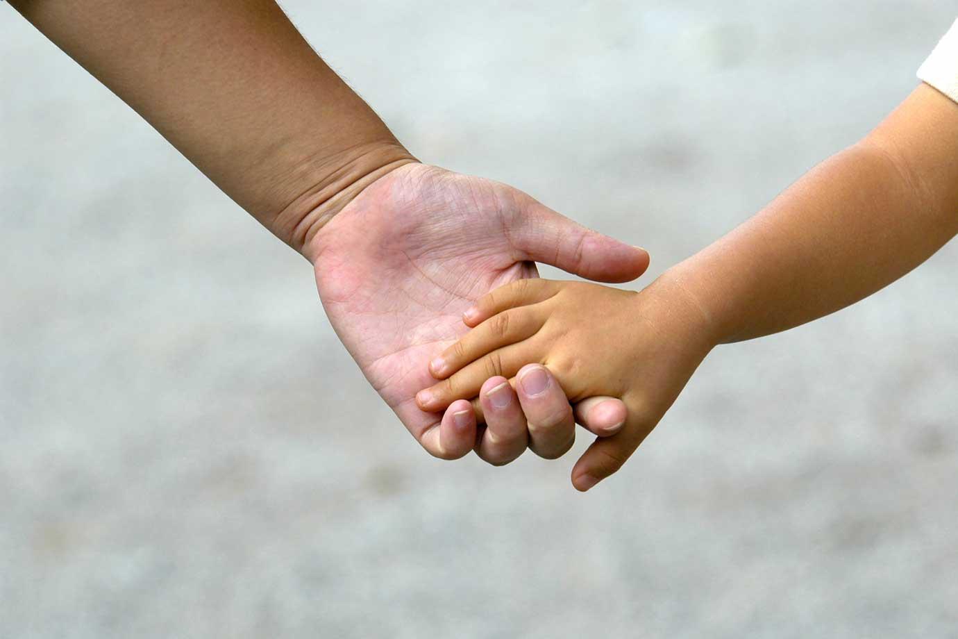 育児ノイローゼとは、育児によって不安定な気持ちが膨らみ、イライラや無気力など精神的な不調が起こること