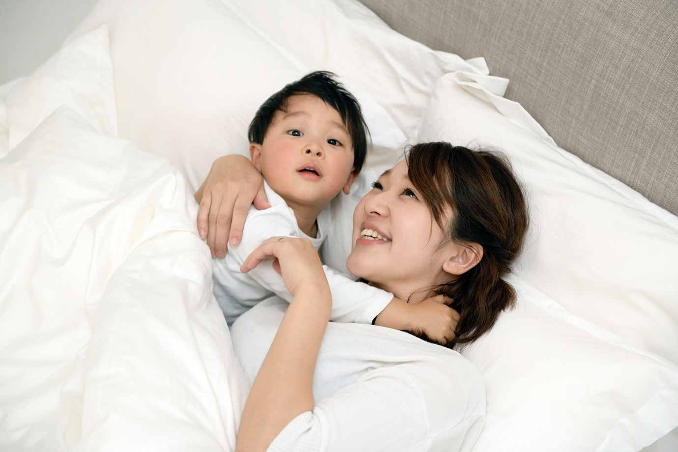 どのように子どもの生活リズムをつくり、規則正しい睡眠習慣を身につけさせればよいでしょうか